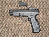 "SPRINGFIELD MODEL XDM 9 MM ""OPTICAL SIGHT PISTOL"" (OSP) WITH FACTORY-INSTALLED VORTEX VENOM SIGHT AND 18-RD MAGAZINES"