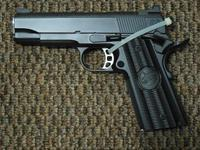 NIGHTHAWK CUSTOM GRP (GLOBAL RESPONSE PISTOL) COMMANDER SIZE-- WITH