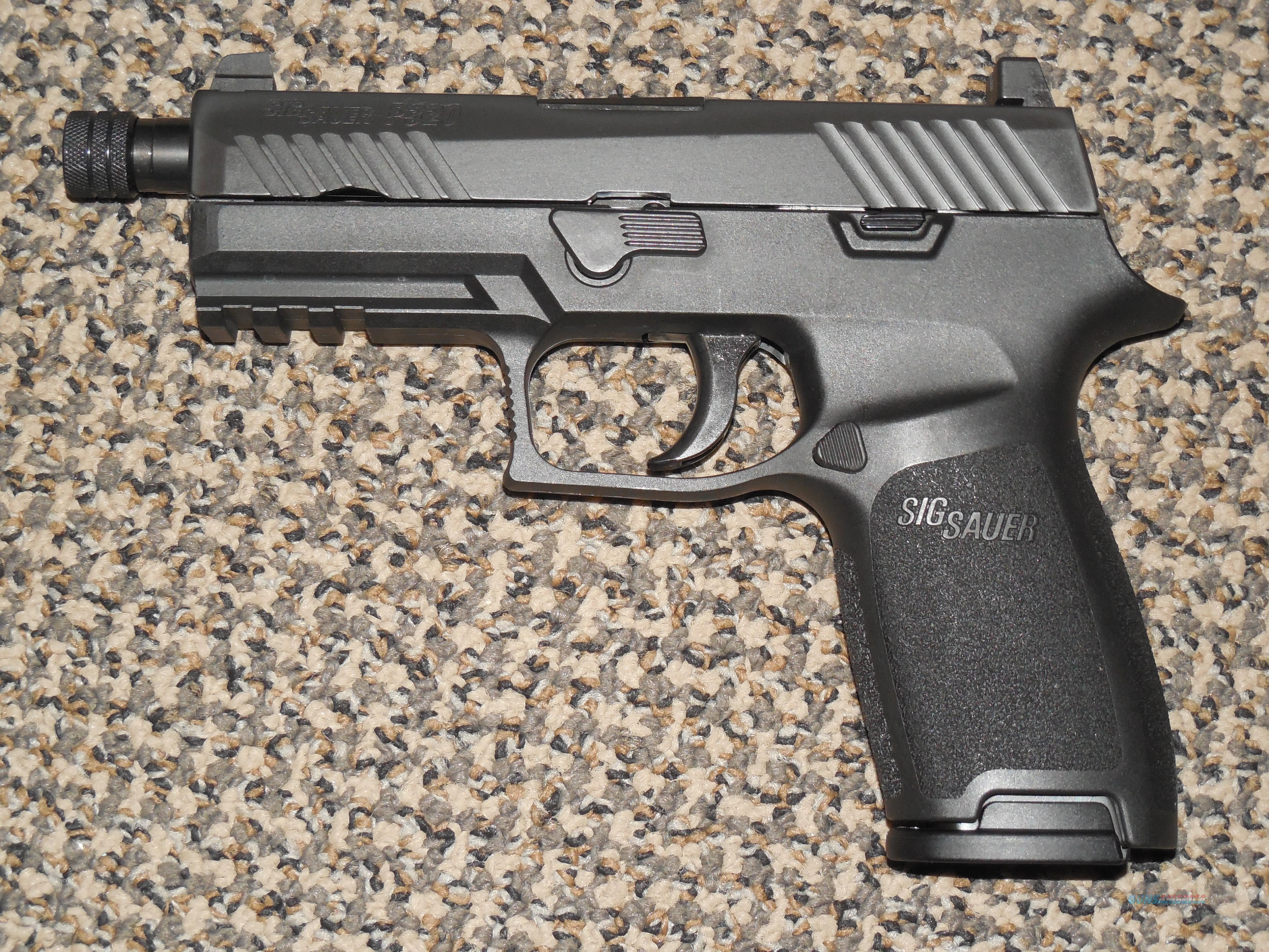 SIG SAUER P-320 CARRY WITH THREADED BARREL AND HIGH NIGHT SIGHTS