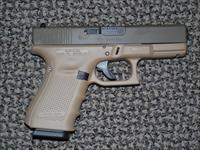 GLOCK 19 in TWO-TONE DESERT COLORS IN 9 MM
