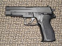 SIG SAUER P-226 PISTOL IN .40 S&W WITH NIGHT SIGHTS