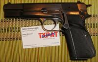 BROWNING HI POWER 9mm - FN HERSTAL - 215RN SERIAL NUMBER FROM 1979 - EXCELLENT CONDITION W/4 MAGAZINES