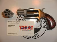 "NAA MINI-REVOLVER WITH 1 1/8"" BARREL & TWO CYLINDERS .22 MAG/.22 LR - CONVERSION - ROSEWOOD GRIPS"