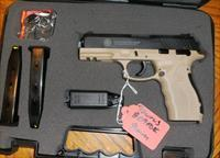 TAURUS PT809 RARE FDE COLOR W/AMBI-SAFETY/SLIDE RELEASE 2 17 RD MAGS - BACKSTRAPS - GREAT PISTOL