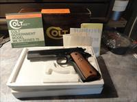 Colt Series 70 45 acp Pistol With Box And Paperwork - Government Model Mark IV