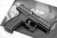 "Beretta APX Semi Auto Pistol JAXF921, 9mm Luger, 4.25"", Black***NEW IN BOX***"