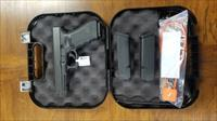 Glock 17 gen 4 w/ box and 3 mags! PG1750203