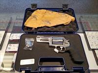 Smith and Wesson 500 Magnum 4'' Stainless Steel