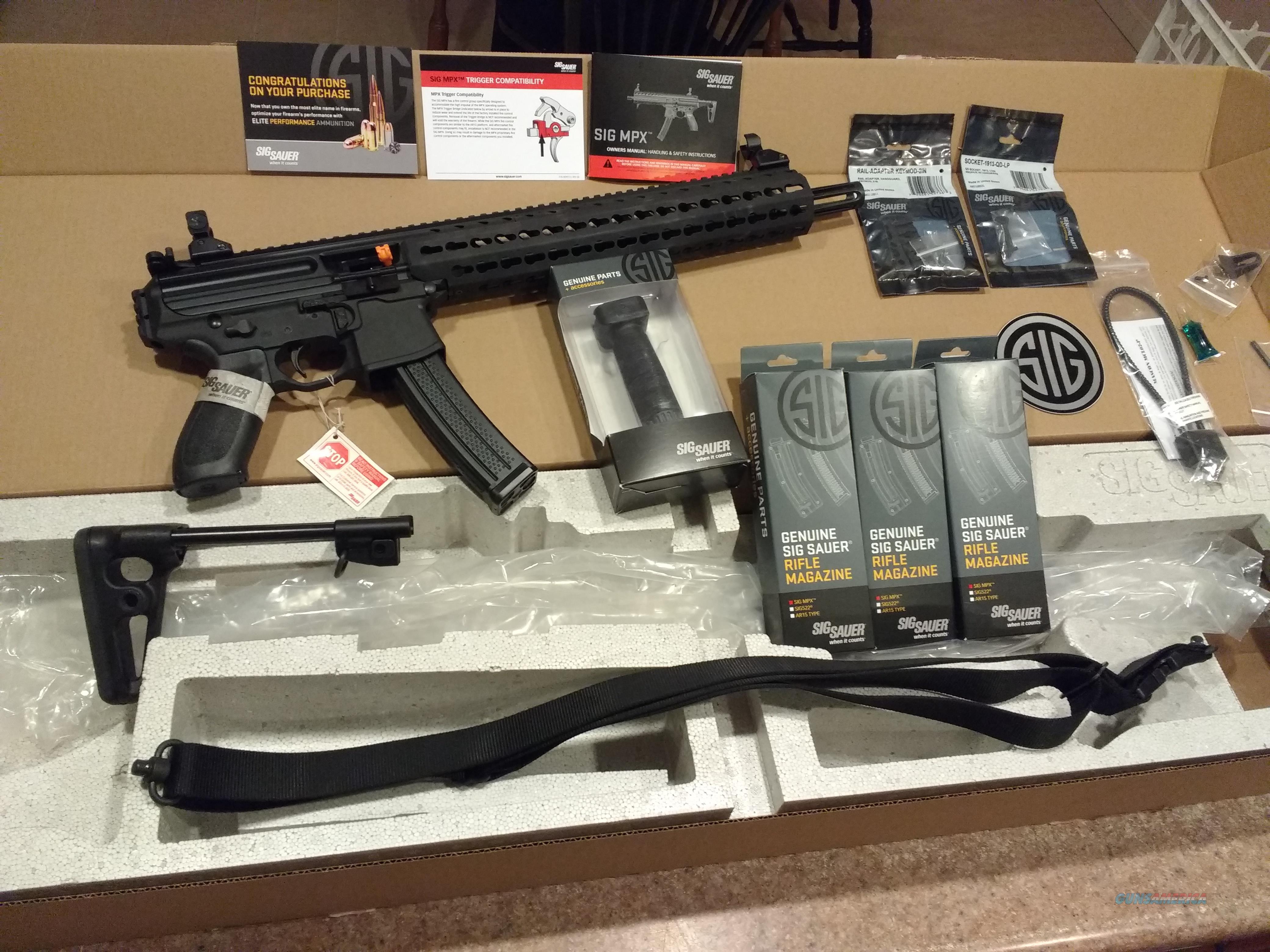 Sig Sauer Gen2 MPX Carbine, MPX-C-9-KM-T, with 3 Extra NIB Gen2 30 Round  magazines plus Forend Grip