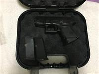 Glock Model 27 40cal with Night Sights