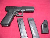 Glock Model 21 cal. 45 Auto semi-automatic Pistol