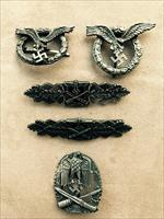 Collection of WW2  German Military Badges