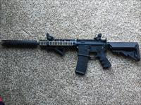 AR 15 Riffle 5.56 lots of upgrades