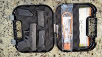 GLOCK 43 NEW IN BOX 9MM 2 MAGAZINES CASE, NO RESERVE