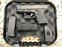 GLOCK 27 NIGHT SIGHTS 40SW TWO MAGS, CASE, LIKE NEW