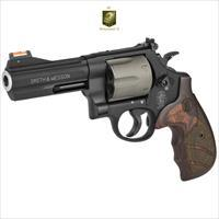 Smith & Wesson 329PD Airlite 44mag 6 Rounds
