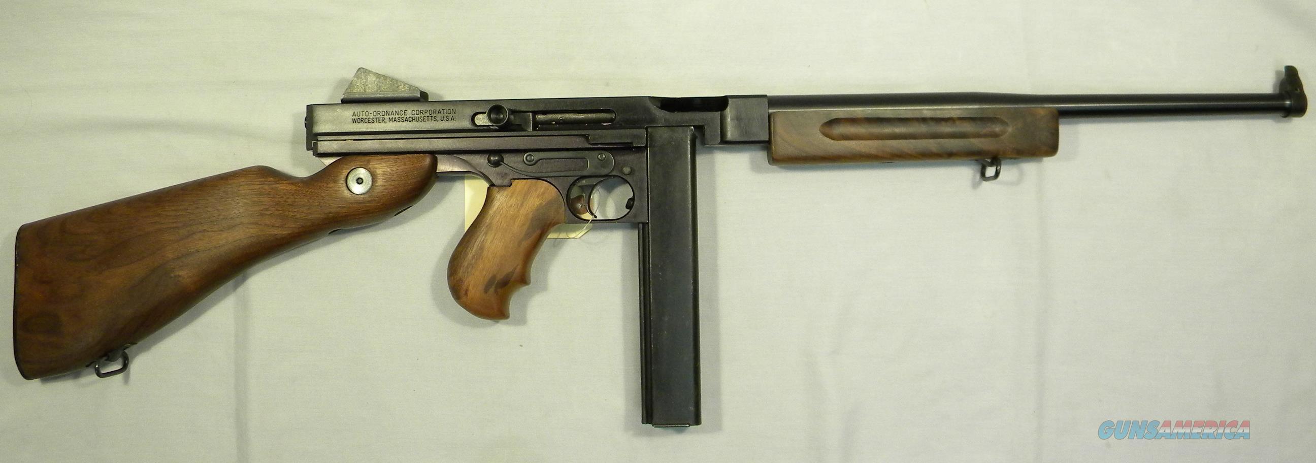 Thompson TM1C Light Weight ''Tommy Gun'',  45 ACP Carbine, Military Model