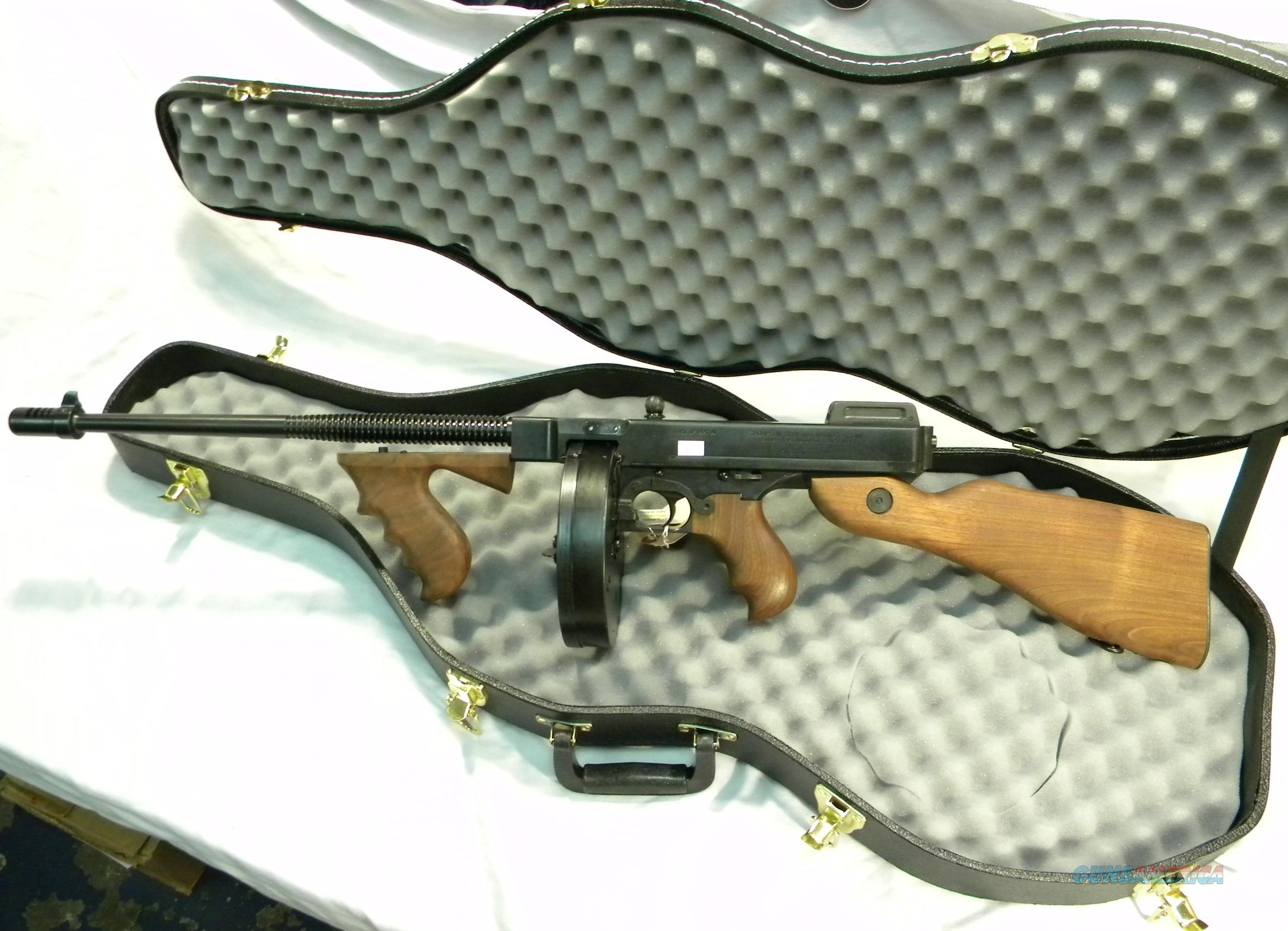 Tommy Gun In A Violin Case! Thompson 1927-A1  45 ACP Semi-Auto Rifle, With  Violin Case And One 20-R