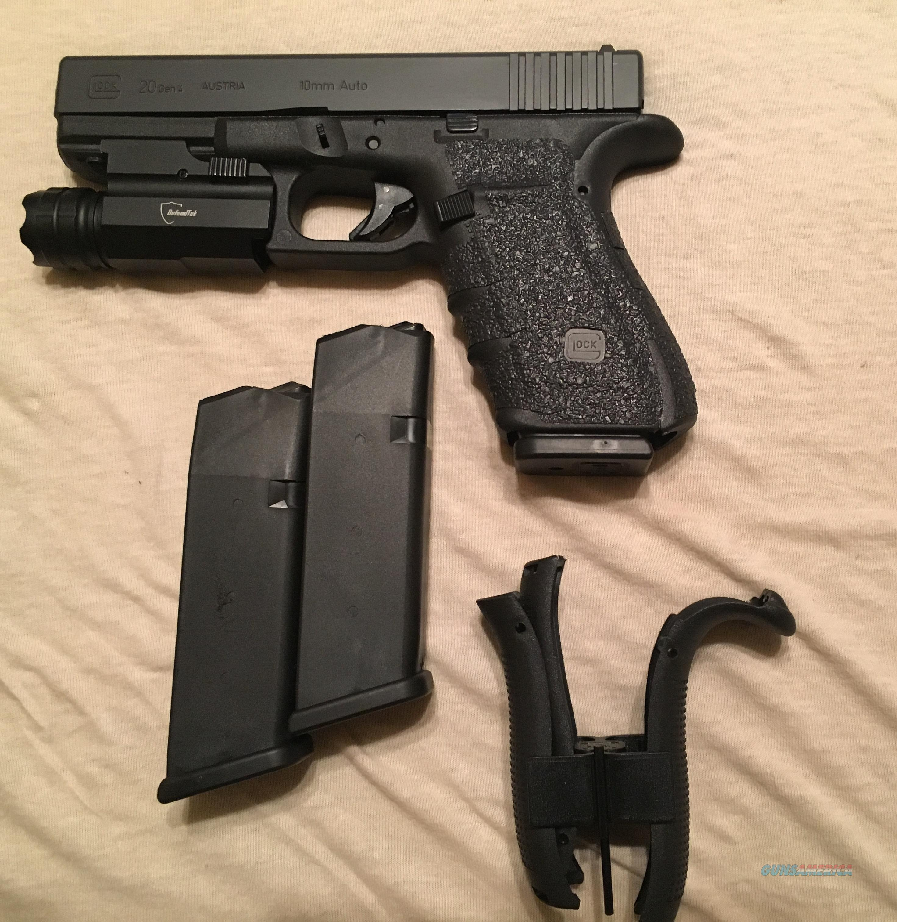 Glock 20 gen 4 10mm 3 magazines,tactical light, talon grip, additional  backstraps, and case