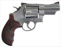 "SW Smith and Wesson 629 DELUXE 44MAG 3"" SS AS 6RD 150715"