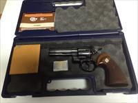 "colt 357 magnum 4"" blued with box, poapers"