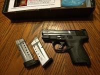 Smith & Wesson M&P 9mm Shield 2 mags NIB