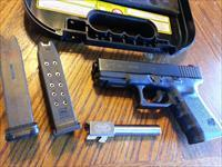Glock 23 Gen 3, 40 S&W, Storm Lake 9mm Also, 2 guns in one, 2 Mags NIGHT SIGHTS