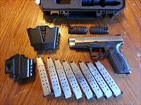 "Springfield Armory XDM 40 S&W 4.5"" 2 Tone Stainless, SALE, XTRA GEAR, NIB ( 8 ) 16 Rd Mags Holster, Mag Pouch"