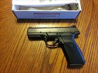 Ruger SR 9E, 9mm, Striker Fired,  NIB, 17 Round