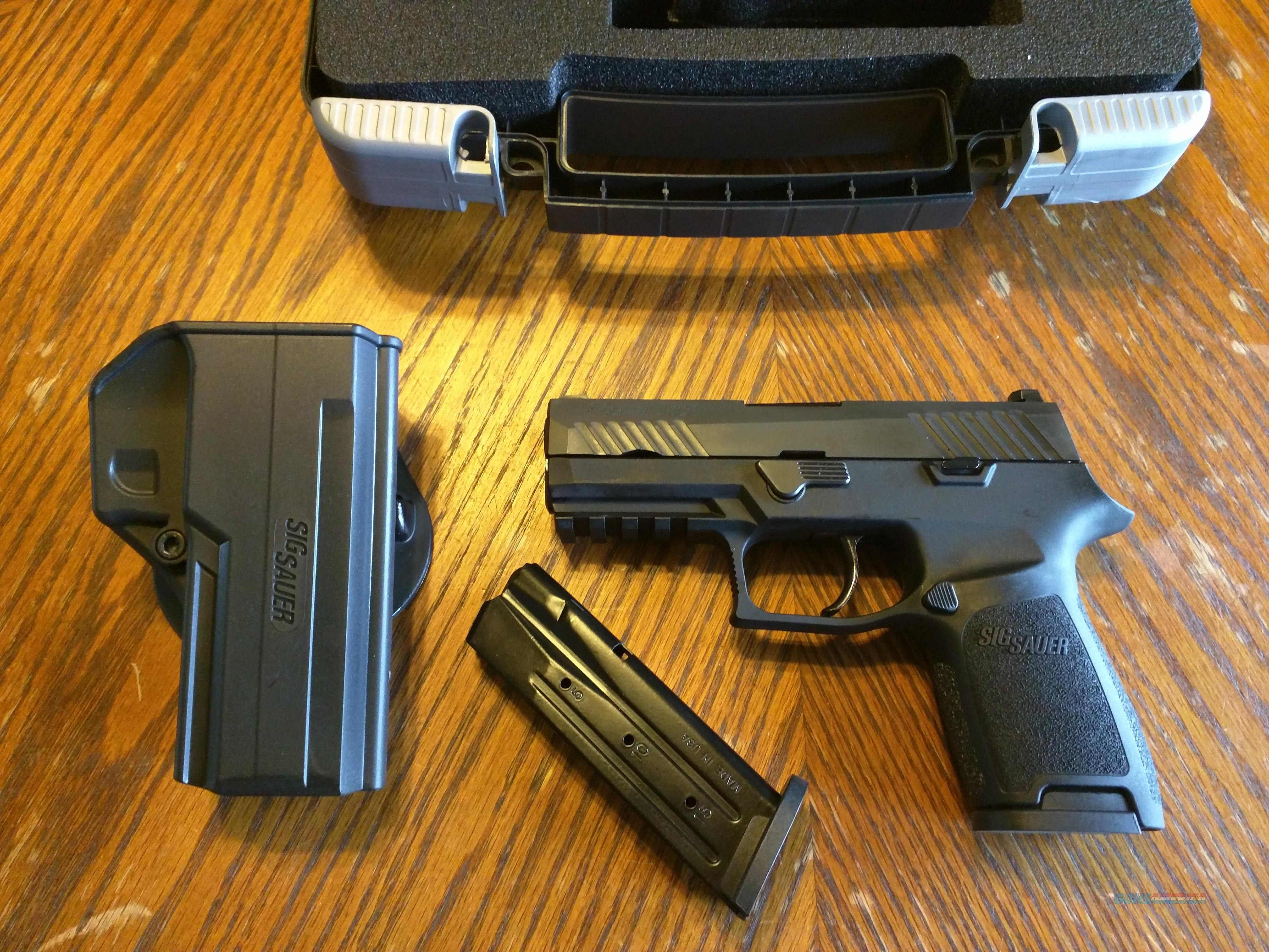 Sig Sauer P320 Compact 9mm (2) 15 Rd Mags 3 9