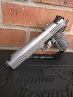 Magnum Research Desert Eagle 1911 Stainless, 45 ACP 5