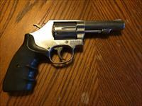 "Smith & Wesson 64-8 38 Special+P 4"" Revolver Stainless 6 Shot Used Good condition No Box"