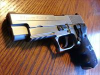Sig Sauer P226ST 40 Cal. All Stainless, 4 Mags