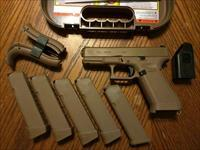 "Glock 19 X 19X Gen 5 9mm 5 MAGAZINES Coyote Tan Night Sites NEW MODEL! NIB XTRA MAGS 5 TOTAL No Finger Grooves (4) 19 Rd and (1) 17 Rd Mags 4"" G 19 Marksman Barrel G 17 Frame Ambi Slide Stop Ambi Mag Release Extra Back Straps 5 MAGAZINES!!!"