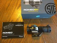 Sig Sauer Romeo 6H Red Dot, Grey, 2 Moa 4 Reticle Dot 12 Brightness Settings, NIB Heavy Duty Combat Ready