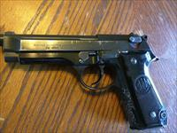 Beretta 92S Early Model 9mm (1) 15 Rd Mag S/A D/A Used with some Scrapes and Scuffs Mechanically Very Good Shoots Awesome