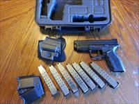 "Springfield XD Mod 2 9mm 4"" XTRA GEAR, ( 7 ) 16 Rd Mags , Holster, Mag Pouch, NIB"