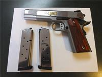 Smith & Wesson 1911E in 45ACP