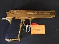 "Desert Eagle .44Mag 6"" w/ Titanium Gold Tiger Stripe finish"