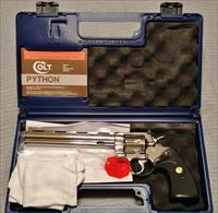 COLT PYTHON 357 MAGNUM, 8'' BRIGHT STAINLESS STEEL FINISH