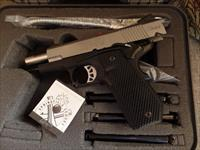 Springfield EMP-4 Champion Lightweight Bi-Tone Carry Cut 9mm LIKE NEW!
