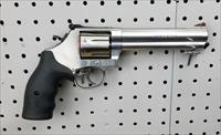 Smith & Wesson 686 Plus Revolver Combat Magnum