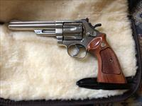 SMITH & WESSON Model 29 44 MAGNUM