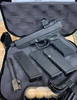 Glock 17 GEN4 MOS with Leupold Delta Point Pro