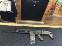 FN SCAR-17 .308 win in Flat Dark Earth