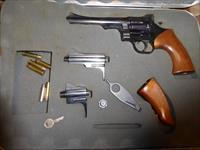 Dan Wesson .357 Magnum with 3 barrels in original case. All tools present.
