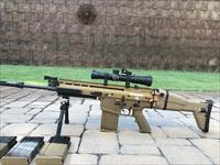 FN SCAR 17 FDE w/ extra mags