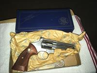 S&W 66-1 SS WITH ORIGINAL BOX