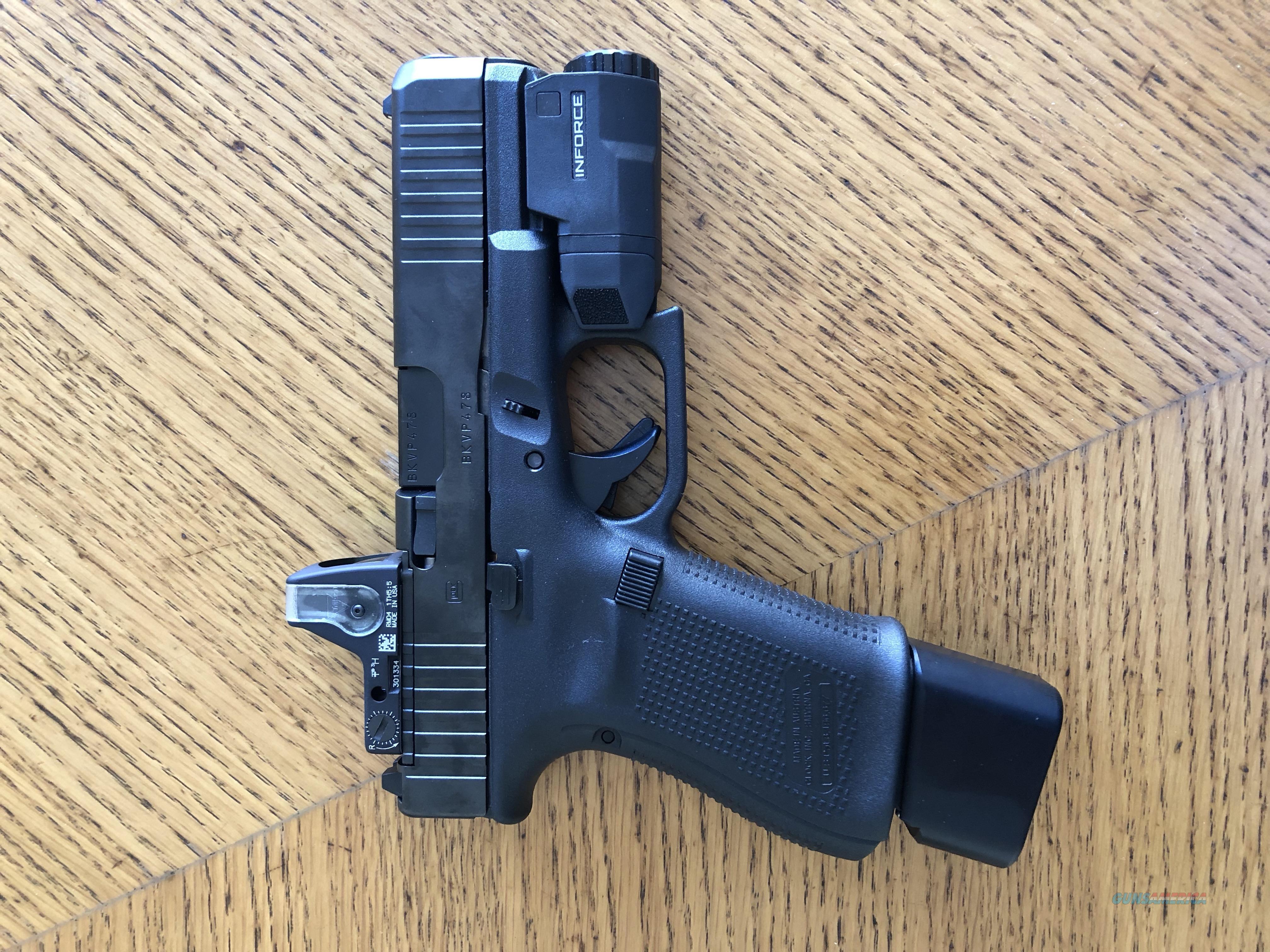 Glock 19 Gen5 MOS FS w/ Trijicon RMR