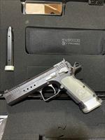 EAA Tangfolio Witness Limited Custom Xtreme .40 S&W-Manufacturer Sample